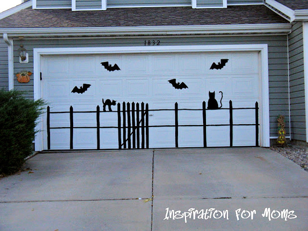 Make a Spooky Scene using craft supplies Tutorial via INSPIRATION FOR MOMS