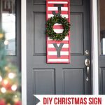 DIY Christmas Sign... step-by-step instructions on how to make this adorable Christmas sign!