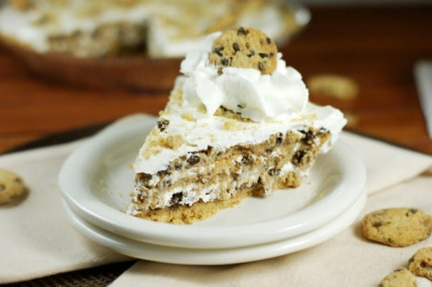 No Bake Chocolate Chip Cookie Pie the kitchen is my playground