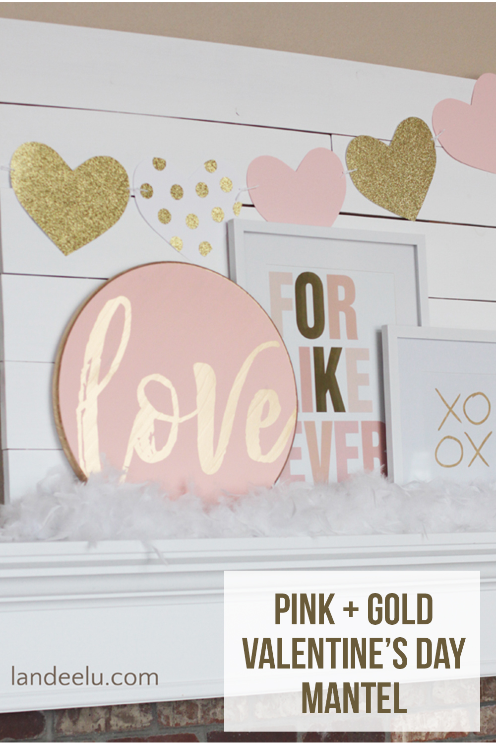 Pink and Gold Valentine's Day Mantel | landeelu.com Pretty blush pink, gold and white Valentine's Day mantel decorations! #valentinesdaymantel #pinkandgold #valentinesday #vdaydecor #valentinesdaydecor