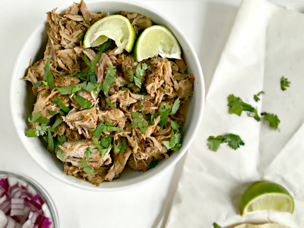 Mexican-Slow-Cooker-Pork-Carnitas-Tacos from cats to cooking