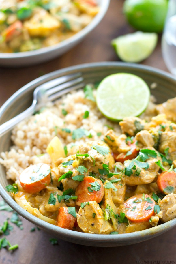 Chicken Curry Recipe - 30 Minute Chicken Veggie Curry Recipe via whoe and heavenly oven