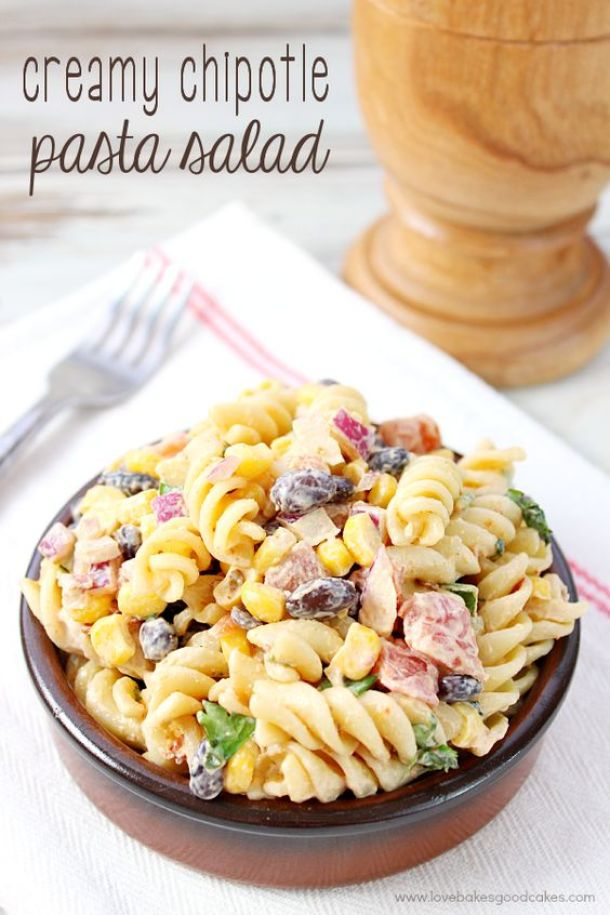Pasta Salad Recipe - Crowd Pleasing Creamy Chipotle Pasta Salad Recipe via Love Bakes Good Cakes - Perfect side dish recipe for Barbecues and Potlucks!