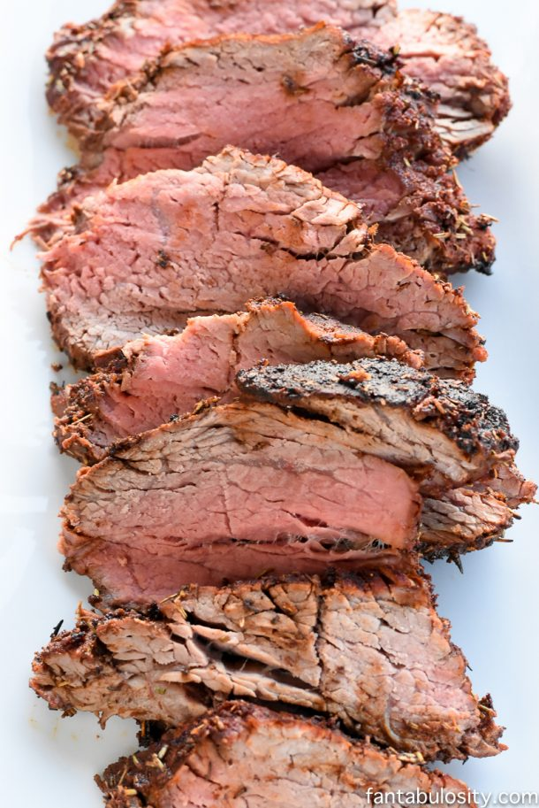 Beef Recipes -The Signature Braxton Meat Rub and The Best Beef Tenderloin Recipe via Fantabulosity