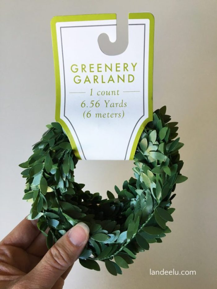 This garland was only $3 to make! Love a good, affordable Christmas craft. Classic look too!