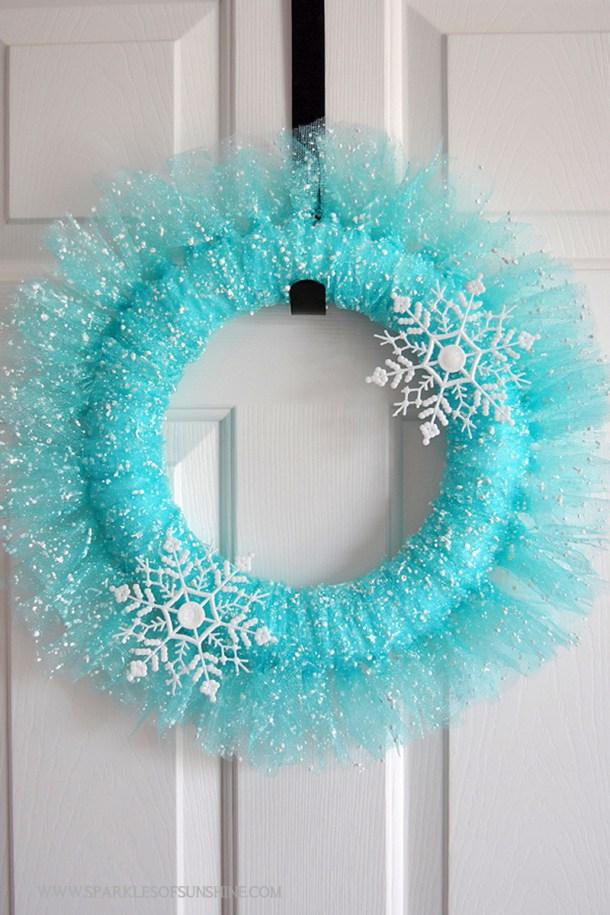 Pretty Winter Wonderland DIY Wreath Tutorial | Sparkles of Sunshine