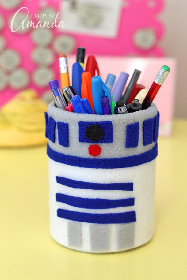 R2D2 Pencil Holder | Crafts by Amanda
