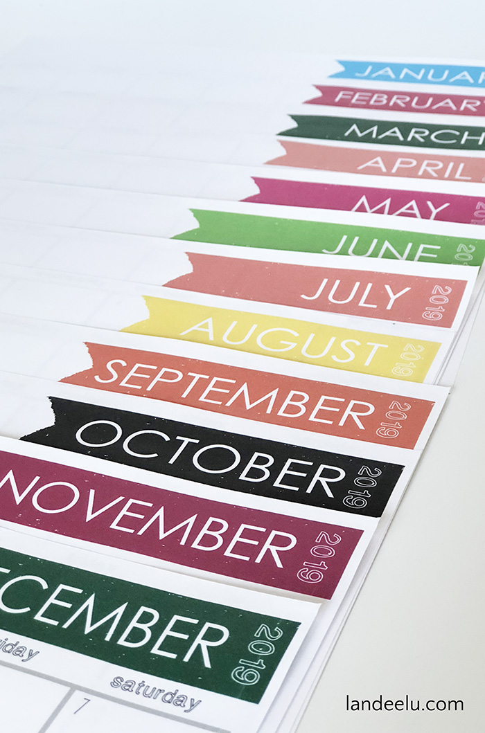 Cute and simple free printable 2019 calendar for the upcoming year. Keep yourself on track and organized! #freecalendar #printablecalendar #2019calendar