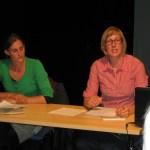 Inga Haese und Susanne Lantermann bei ihrem Vortrag über Familienstrukturen in Wittenberge