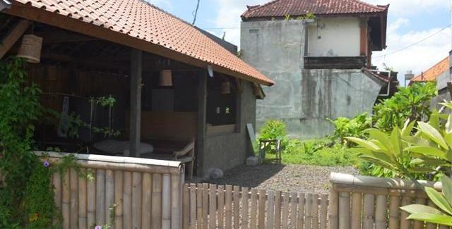 Land for sale in Canggu 2 Ares with Close to Berawa Beach