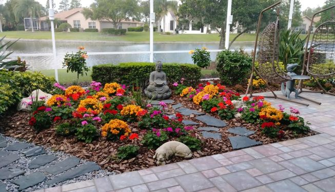 enclosed patio garden