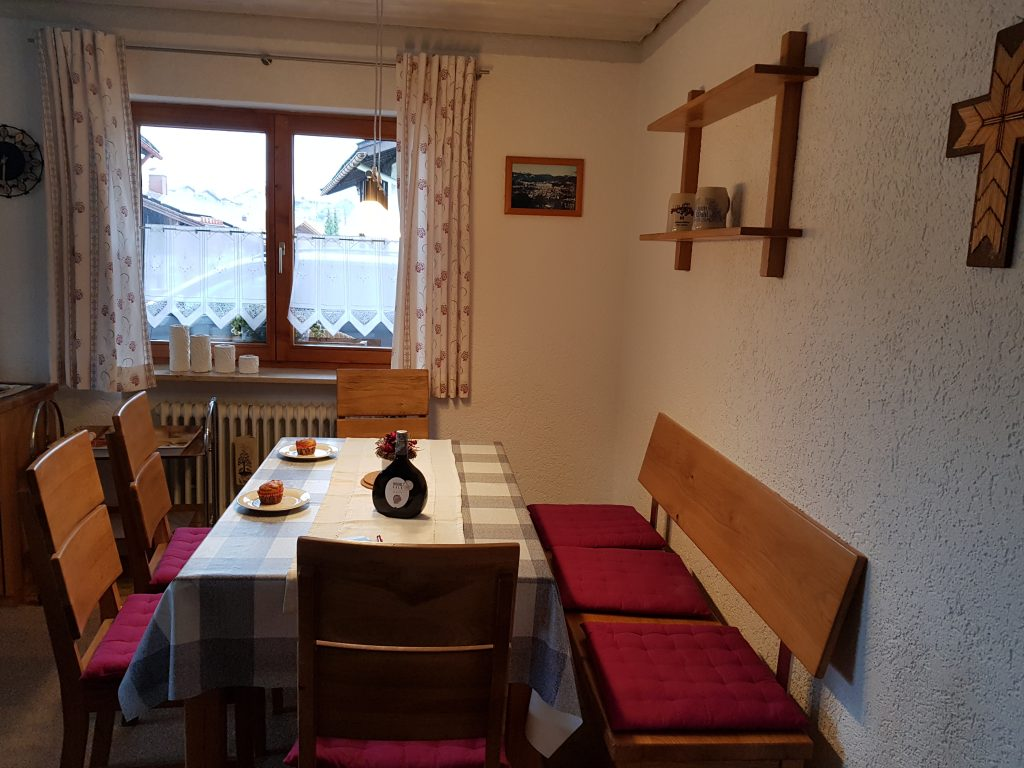 Essecke Wohnung 1