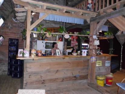 Die Bar in der Kinoscheune