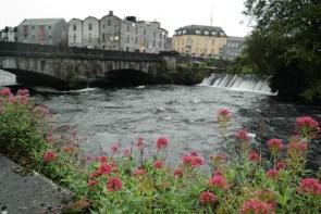Auf dem River Walk durch Galway