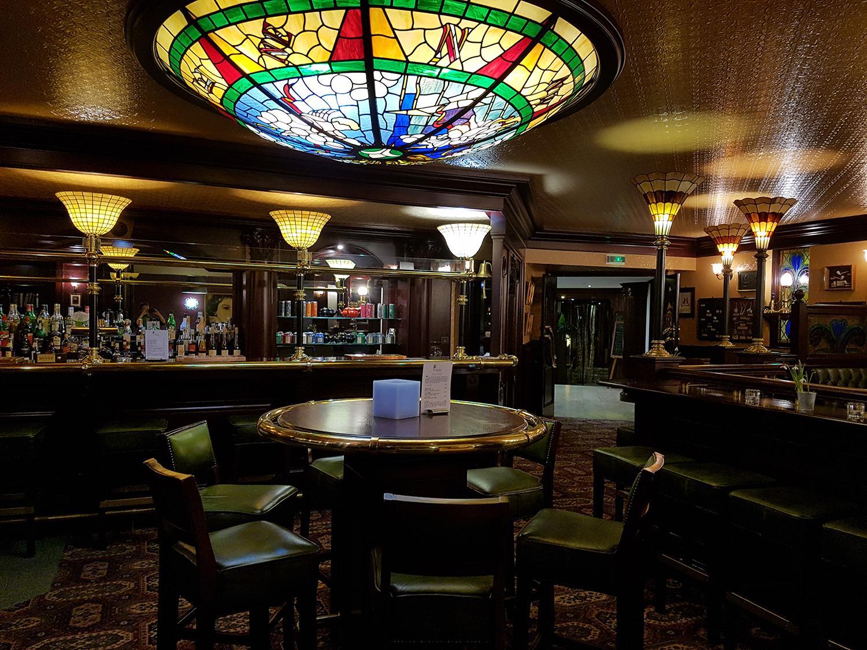 Der Pub im La Clairière