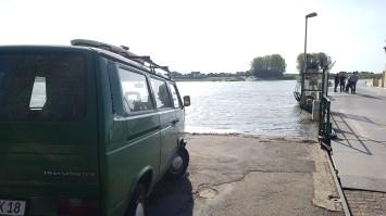 Unsere erste Wanderung mit Baby UND Rucksack am Rhein