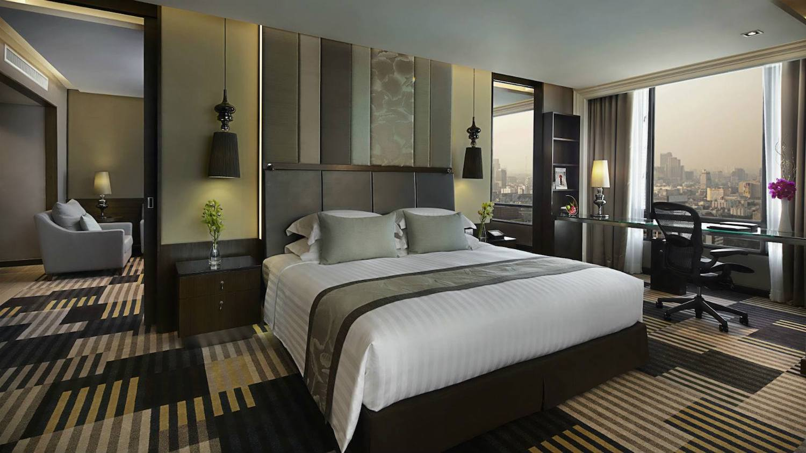 THE LANDMARK HOTEL BANGKOK  Official Website  Next to