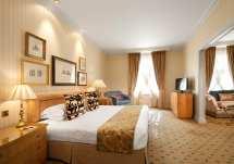 London 5 Star Luxury Hotel Rooms