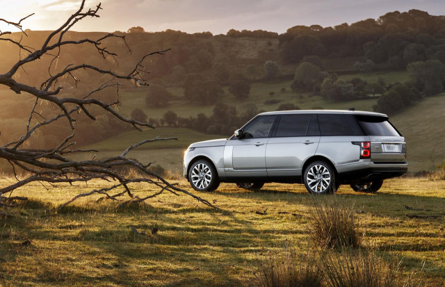 2019 Land Rover releases pricing for Range Rover P400e plug-in hybrid