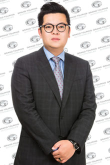 Frank Zhao - Pre-Owned Sales Specialist – Jaguar/Land Rover