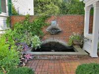 small condo backyard courtyard