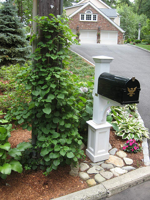 landscape piers and mailboxes