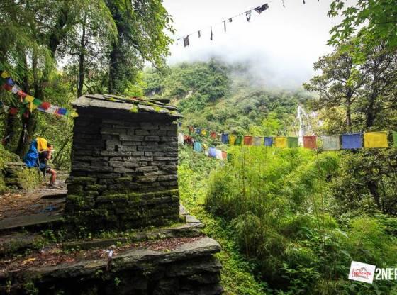 annapurna basecamp 9 - Annapurna Basecamp hari keenam : Bamboo - Himalaya Hotel