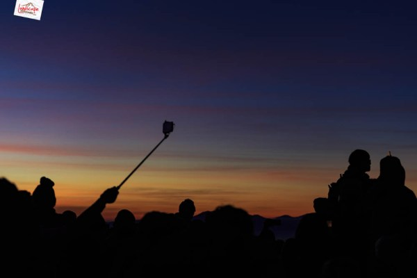 sunrise di pananjakan - tripod