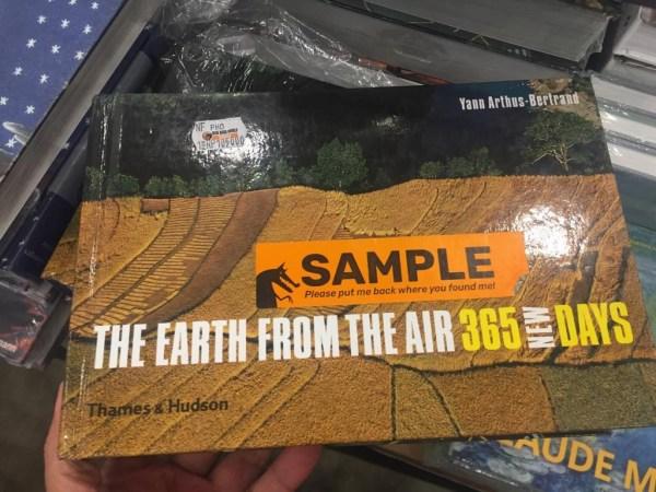 big bad wolf 36 - Berburu Buku di Sarang Serigala