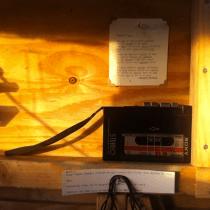 Muziek van Esther de Jong en gedicht van Kasper Peters op cassette beschikbaar in de TAIR