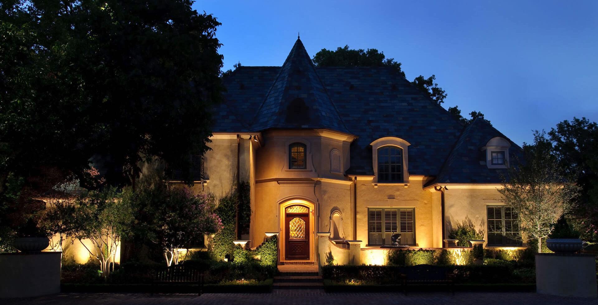 landscape lighting supply company