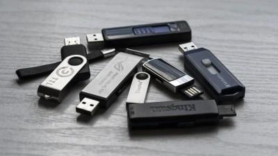 Multiple USB sticks