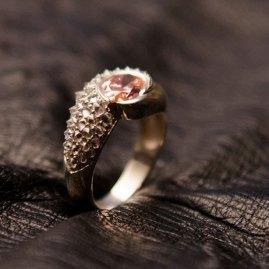 bague-or-blanc-diamants-morganite