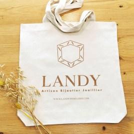 Tote-bag offert à partir de 400€ d'achat Landy Joaillerie La Rochelle