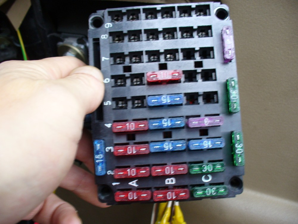 medium resolution of fuse box location land rover discovery