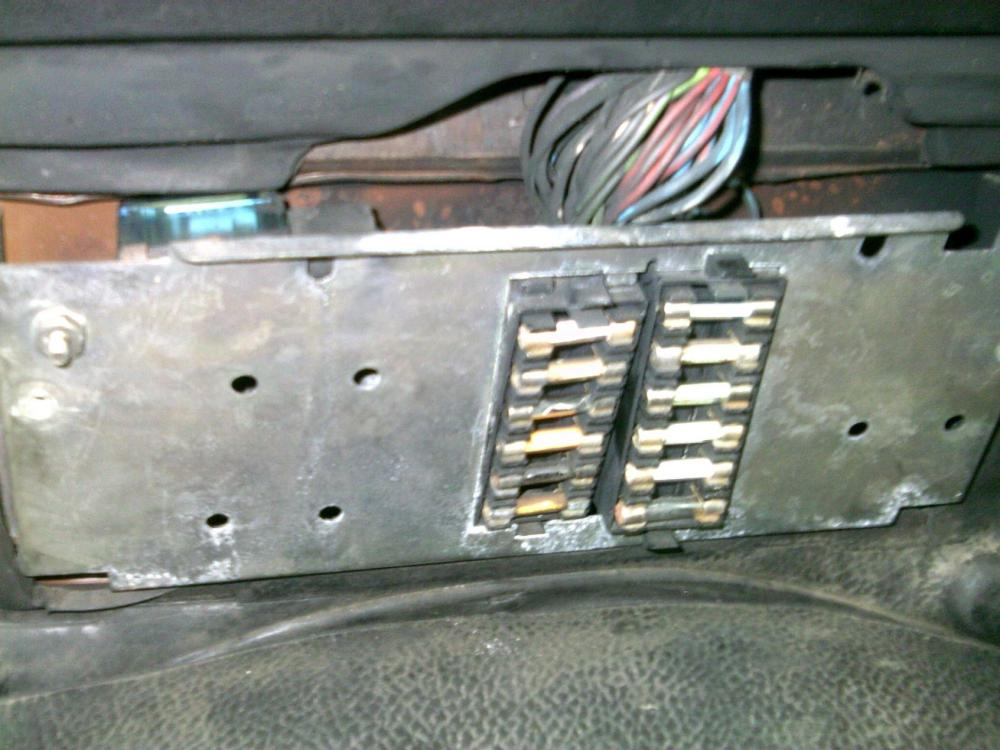 medium resolution of land rover defender fuse box upgrade wiring diagram note land rover 90 fuse box location land rover 90 fuse box