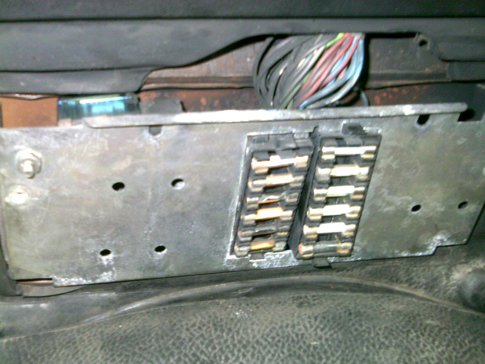hight resolution of land rover td5 fuse box wiring diagram home land rover 90 fuse box location fuse box