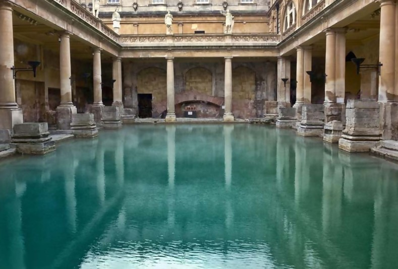 greek-pool