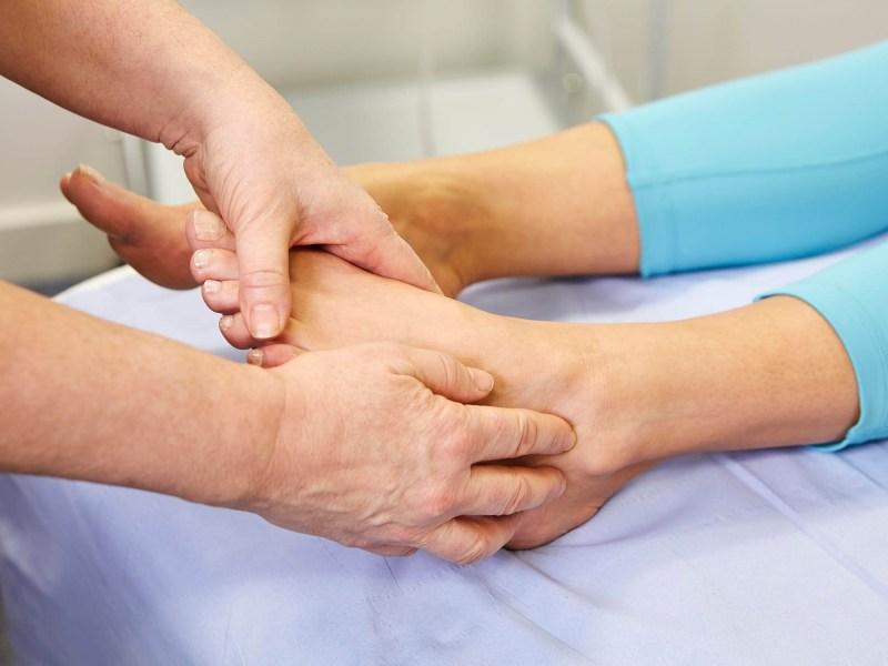 ankle-treatment-sore