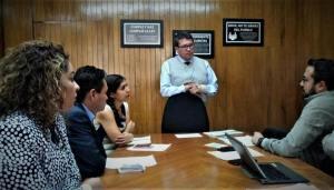 Ricardo Monreal jefe de la delegación Cuauhtémoc busca solución a escasez de agua .