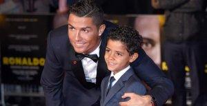 ¡Cristiano Ronaldo será papá de gemelos!