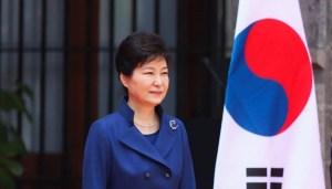 Fiscalía surcoreana pide arresto de expresidenta por corrupción