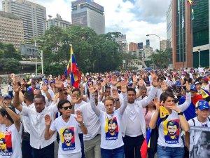 Homenaje a los 21 muertos de Nicolás Maduro durante protestas en Caracas