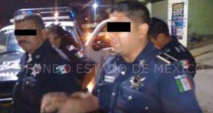 Policías agreden a una familia y matan a la mascota (VÍDEO)