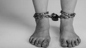 Niño de 5 años que era torturado por su familia es rescatado