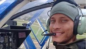 Óscar Pérez, el policía y actor que arrasa en las redes sociales