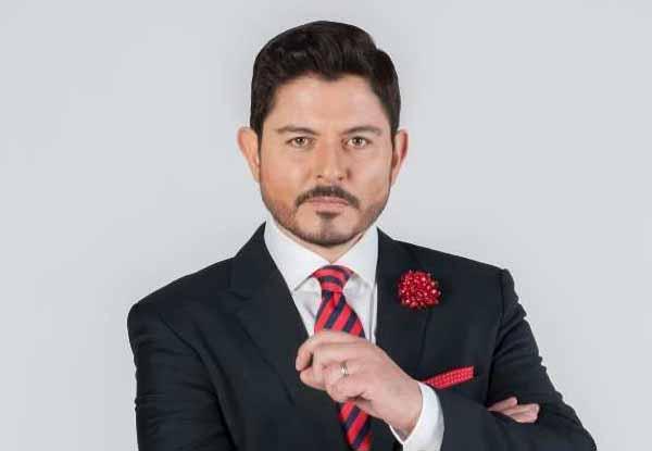 Ernesto Laguardia irá tras curul en la Cámara de diputados