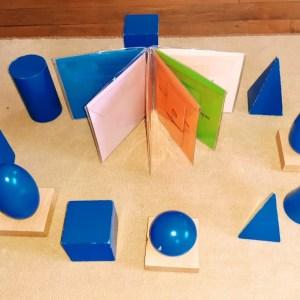 Solides géométriques Montessori : jeux d'extensions + livret de contrôle ; solides bleus Montessori