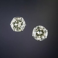 1.15 Carat Vintage Diamond Studs