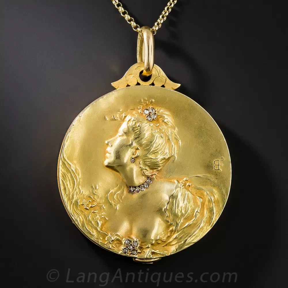 18K French Art Nouveau Locket